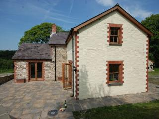 LLWYD Cottage situated in New Quay (15mls N)
