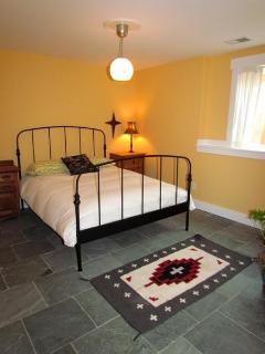 Lower Level Guest Bedroom - Queen Bed