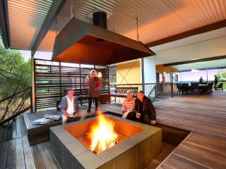 EXCLUSIVE ALL-INCLUSIVE FULLY CATERED LODGE, Fraser Island