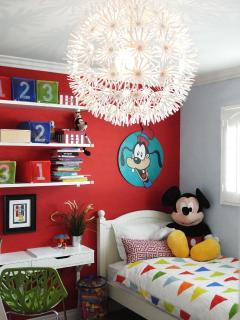 Super fun kids room, Disney themed, of course. Has a twin bunk, single twin + twin mattress,sleeps 4