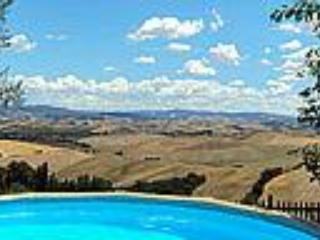 Great Rental at La Bellavista in Tuscany, Lajatico