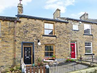 CHAPEL VIEW, village location, woodburner, garden, in Haworth, Ref 11966