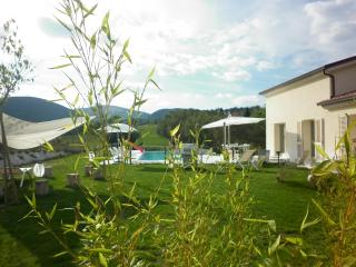 Le Marche Villa: country, pool, wellness, fitness, Sassoferrato