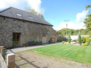 1450B Barn situated in Winkleigh (4mls W)