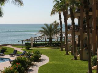 Luxurious 3 bed. BEACH FRONT condo, San Jose Cabo, San Jose del Cabo