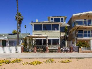 Spectacular 3 Story Oceanfront 7 Bedroom, 7 Bathroom Property! (68331), Newport Beach
