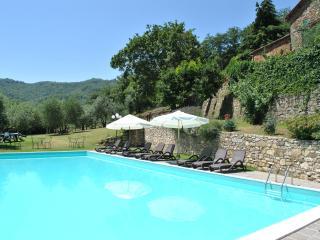Villa il Castellaccio in Greve in Chianti Flat #2
