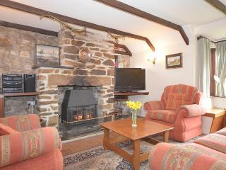 BUZZA Barn situated in Padstow (10mls SE)