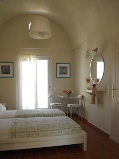 Hera bedroom
