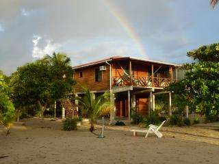 Placencia Beach House - Easy Street 2 - Great Deal