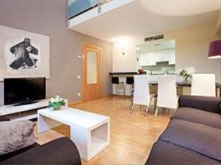 8-person apartment in Poble Sec 2, Barcelona