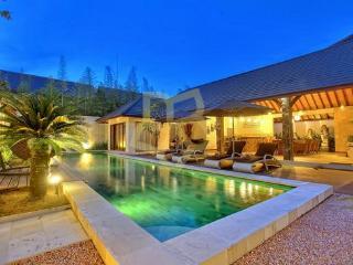New Villa Esperanto, Seminyak, Bali