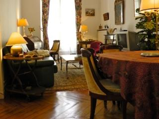 Apartment Odeon vacation holiday apartment rental france, paris, 6th arrondissment, saint germain, vacation holiday apartment to rent fr, Paris