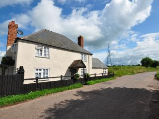 FORCH House situated in Broadclyst (0.5mls E)