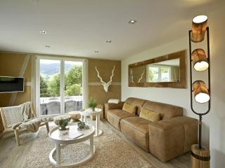 LA MAISON Freiburg. 5* Luxury Design Holiday Home in the Black Forest, Kirchzarten