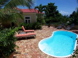 Caneel Trailside Cottage: Expansive Views of the Caribbean!, Cruz Bay