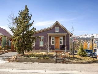 Plum Cottage Home Downtown Breckenridge