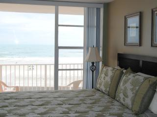 DIRECT Ocean Front Views on Daytona Beach