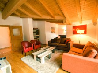 All Seasons Lodge - near centre of Kaprun