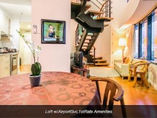 Charming Colonial Filipino Loft w/AirportSvc, Makati
