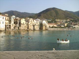 Apartments 15&25m to sea & view; in Cefalù, Sicily, Cefalu