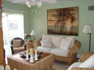 3 bedroom condo in beautiful Indian Rocks Beach!
