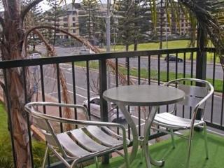 Bayview 2 Bedroom Park View Suite, Glenelg