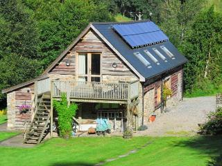 THE BARN, pet-friendly barn conversion, rural setting, balcony, walks, Builth