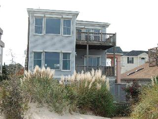Beach Front Home with Spectacular Views, Virginia Beach