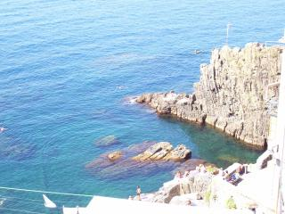 IN THE CINQUE TERRE, NEAR THE SEA, Riomaggiore