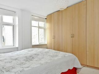 Bright Copenhagen apartment at Noerrebro station