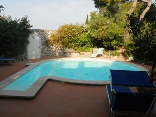 Villa Solaro holiday vacation villa rental italy, capri villa with view