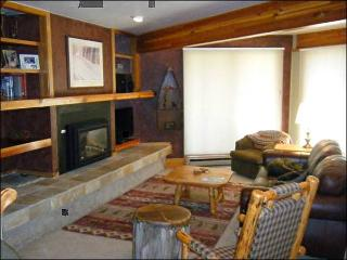 Unbeatable Location and Amenities - Close to the Shuttle (1297), Crested Butte