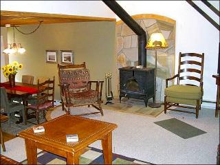Wonderful Value-Priced Condo - Close to Shops and Restaurants (1324), Crested Butte