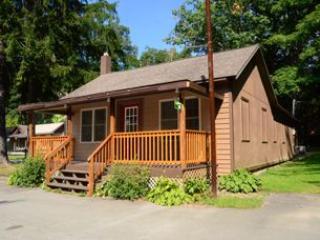 Swallow Falls Inn Cabin 4, Oakland
