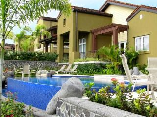 Casa Catalinas, Jaco