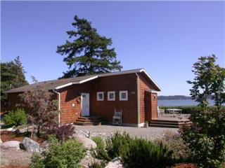 Sandpiper Haven: Whidbey Island Waterfront gem - VIEWS, Kayaks, Famous Penn Cove