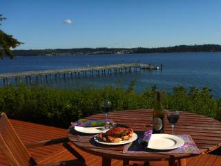Crab Feast on Expansive Deck, Enjoy the Views Across Penn Cove