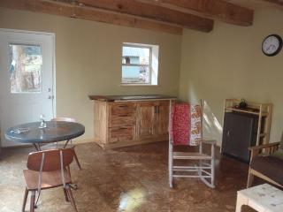 Peregrine Cabin, Stanton