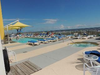 Beautiful oceanfront 2 BR/2BASeaside Resort #1205 North Myrtle Beach SC