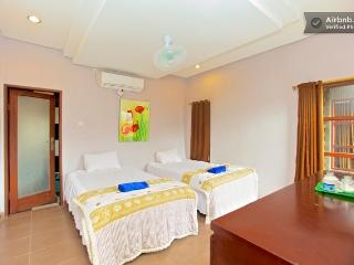 Kubu Kauh Beach Inn Legian- 2 min walk to the surf