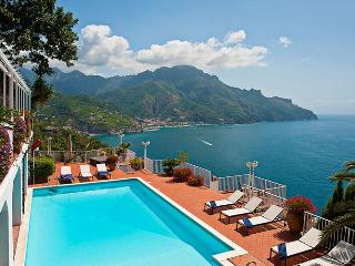 4 bedroom villa with pool and view on Amalfi Coast, Ravello