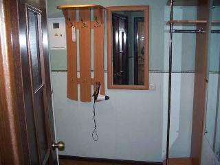 Odessa. Comfortable 2 room apartment, downtown.