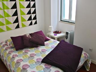 Amber Mustard Apartment, Bairro Alto, Lisbon, Lisboa