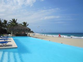 SeaGlass: 1-4BR Oceanfront Luxury Condo at Harmony, Cabarete