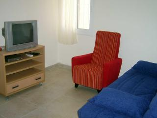 2 Bedroom - Baka Vacation Rentals, Jerusalem