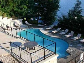 Outdoor Pool - Lakefront