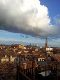 Wonderful view of Saint Mark's Basilica and Bell Tower in 7 minutes away! Altana Albachiara