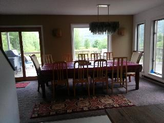 Big Dining Table for cozy meails at home ~