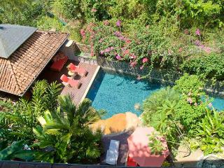 Casa Fiesta 4 Pools-Postcard Ocean Views-With Chef, Parque Nacional Manuel Antonio